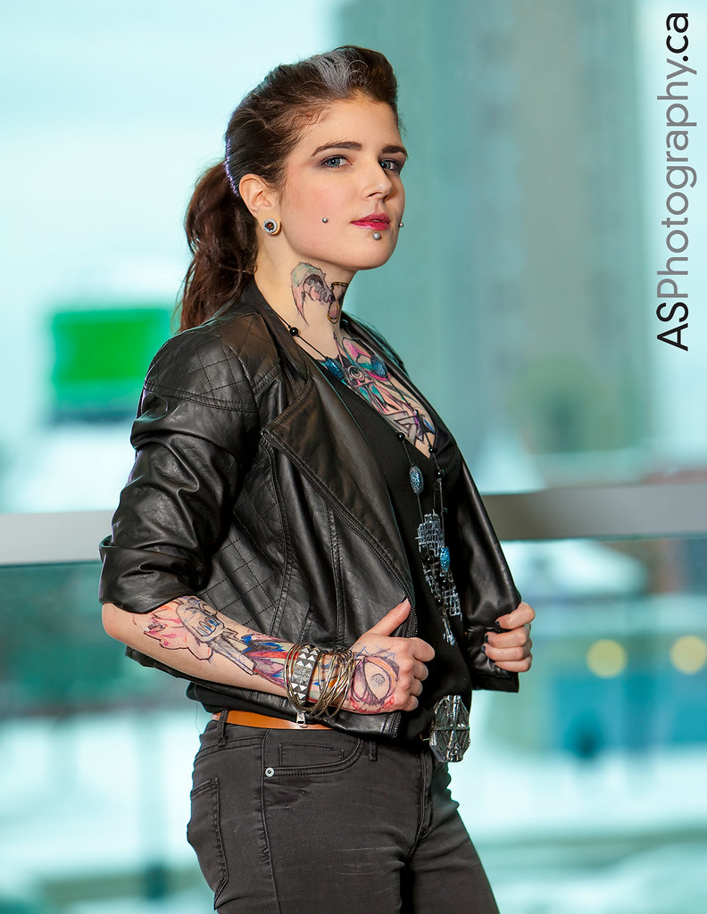 Hd Bad Girl Wallpaper Clara Lille From Watch Dogs Game At Toronto Comic Con Flickr