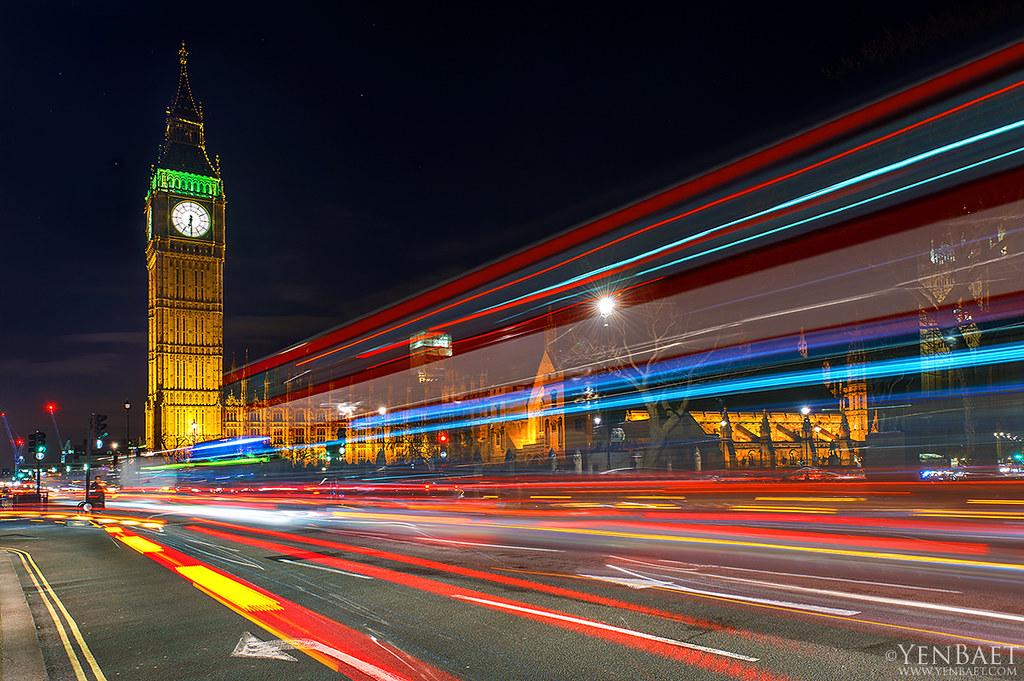 3d Wallpaper Pc Windows 7 London Westminster Light Trails Big Ben Palace Of