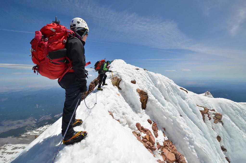 N 3d Wallpaper Mt Hood Summit Ridge Not Too Far To The Summit From