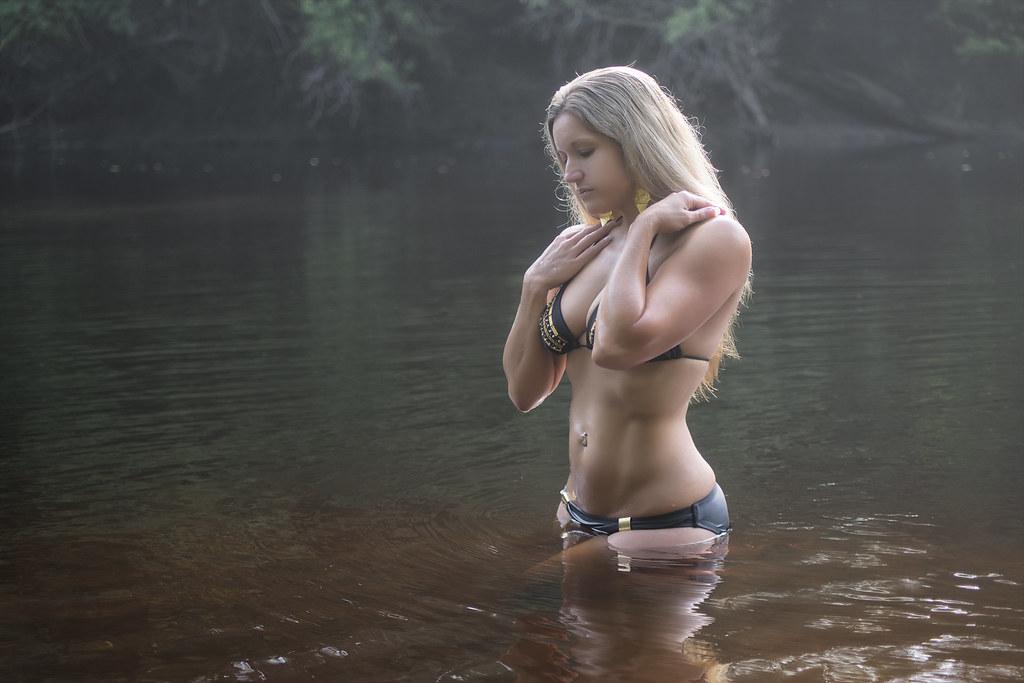 bonnie lynn model uncensored