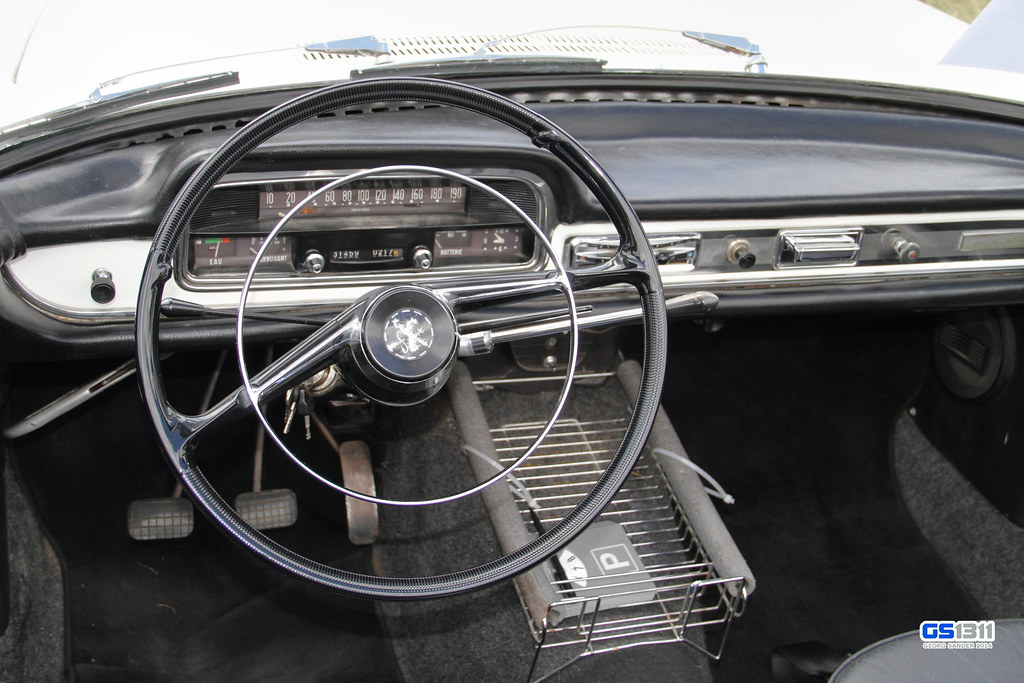 Car Dashboard Wallpaper 1961 1964 Peugeot 404 Cabriolet The Peugeot 404 Is A