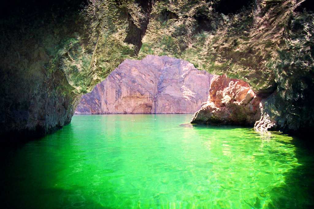 3d Beach Wallpapers Free Emerald Cave I Took This Photo With My Canon A2e And A