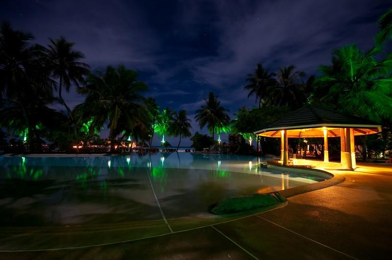 Island 3d Wallpaper Charm Of The Night Sun Island Resort Maldives This