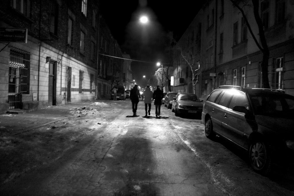 Black And White Wallpaper Pictures Walking In The Ghetto Estas Calles Fueron Parte Del