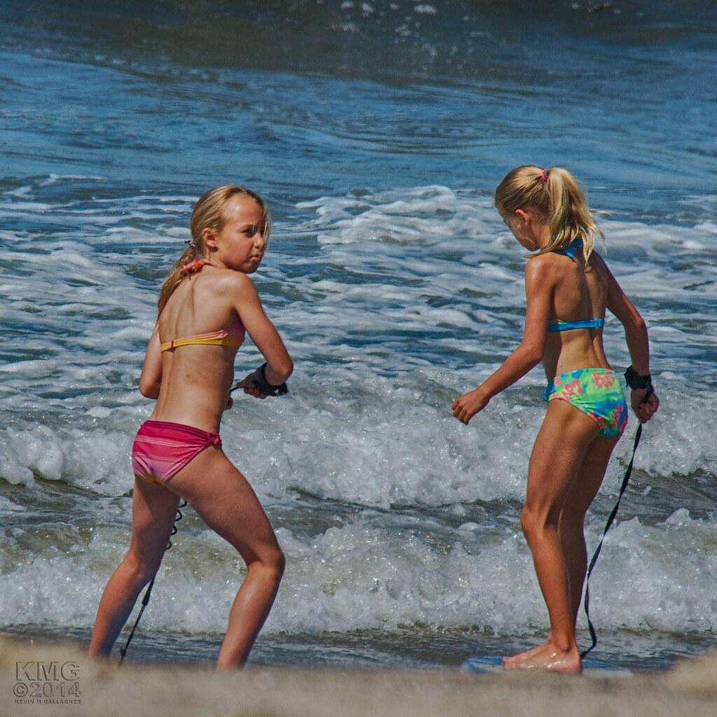 teen girls off their bikinis