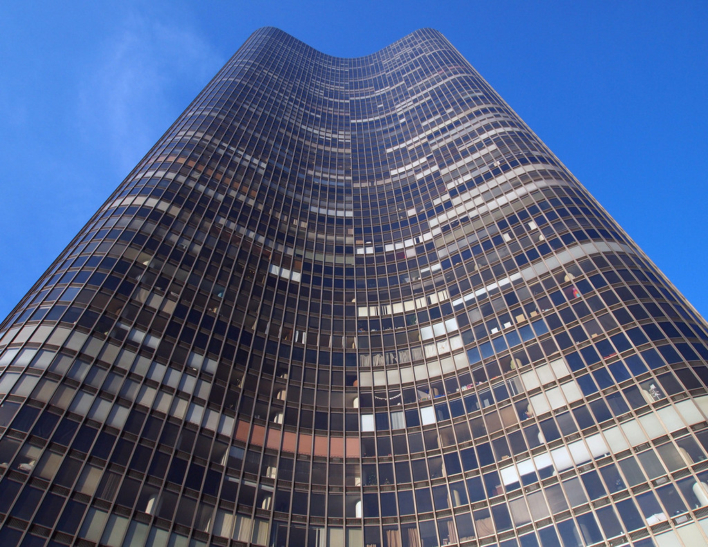 "Ludwig Mies Van Der Rohe Lake Point Tower, Chicago | Per Wikipedia: ""the Architects"
