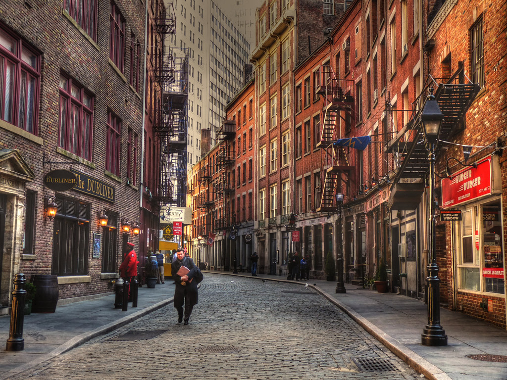 Gloomy Fall Wallpaper Cobblestone Streets In Manhattan It Was Amazing To Find