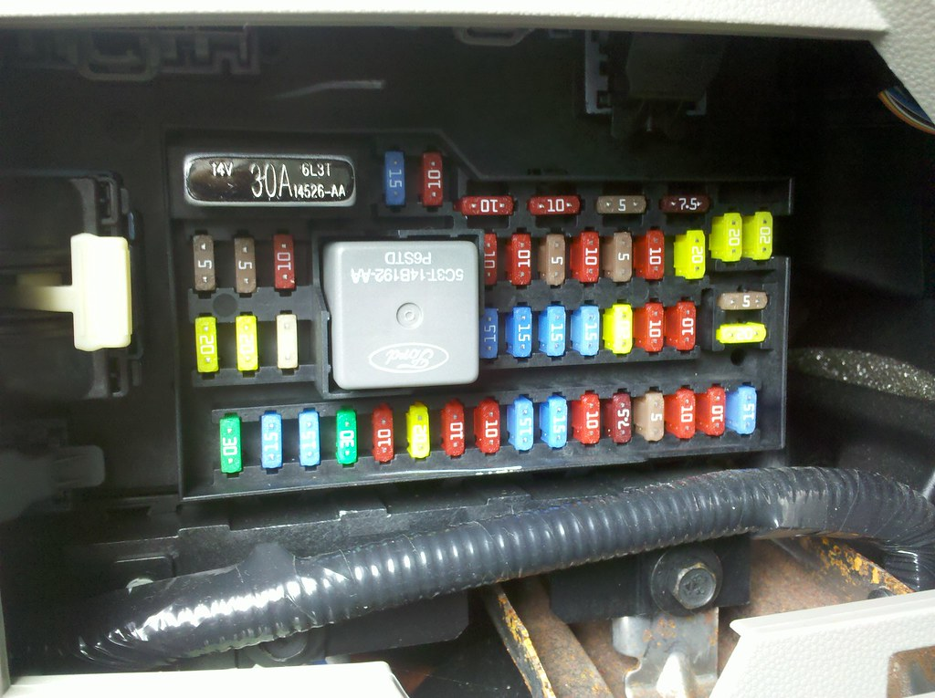 2012 Ford Fusion Fuse Box Diagram Under Dash - New Era Of Wiring