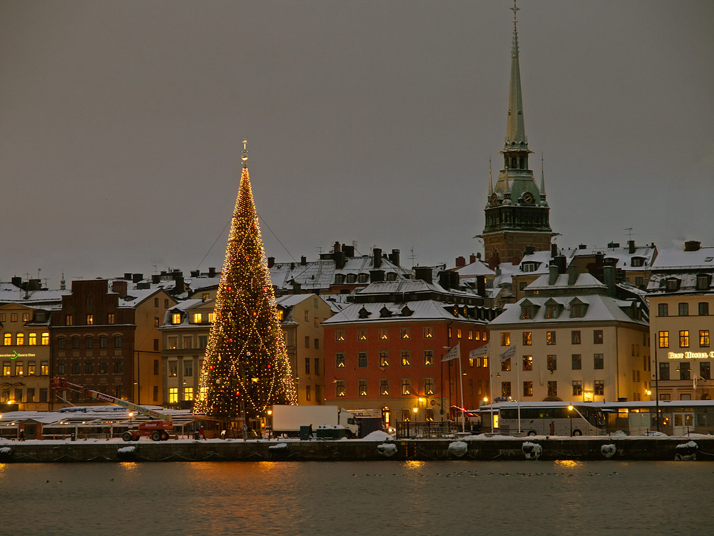 3d Wallpaper Images Christmas Tree In Stockholm Christmas Tree On The