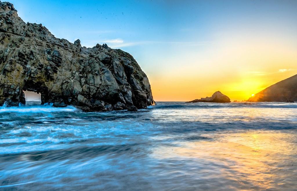 3d Sunset Wallpapers Free Big Sur Sunset Window Rock On Pfeiffer Beach Nikon D800e