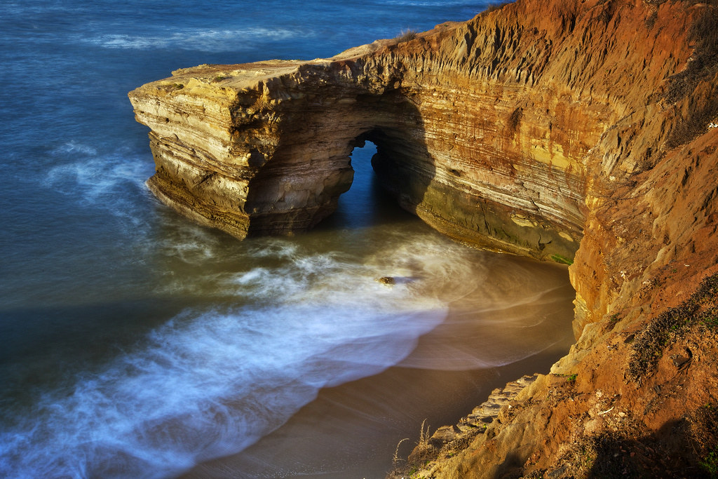 3d Tunnel Wallpaper San Diego Sea Cave Tunnel Under Sunset Cliffs This