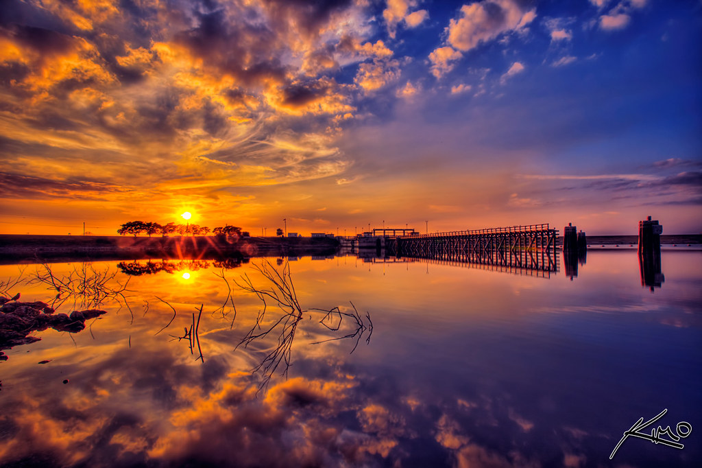 3d Cloud Wallpaper Lake Okeechobee Sunset At Flood Dam Captainkimo Com Lake