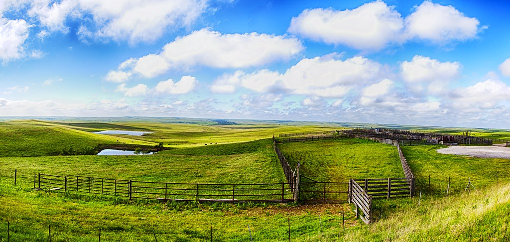 Free 3d Spring Wallpaper Flint Hills Panorama Here Is A Panorama Of The Large Set