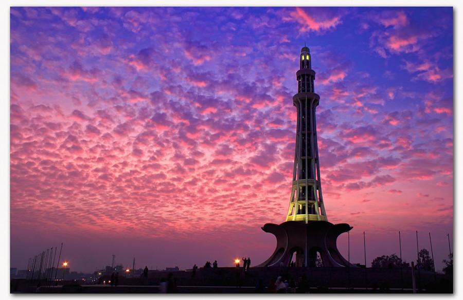 3d Architecture Hd Wallpapers Minar E Pakistan Minar E Pakistan Is A Tall Minaret In