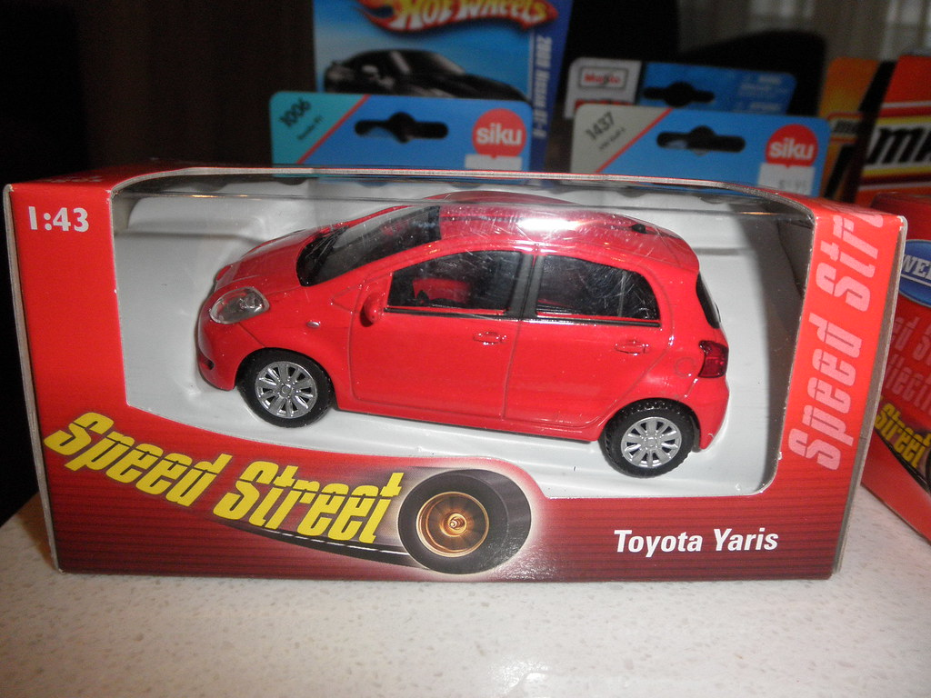 Big W Toy Cars Toyota Yaris Die Cast Toy By Welly I Went To Big W