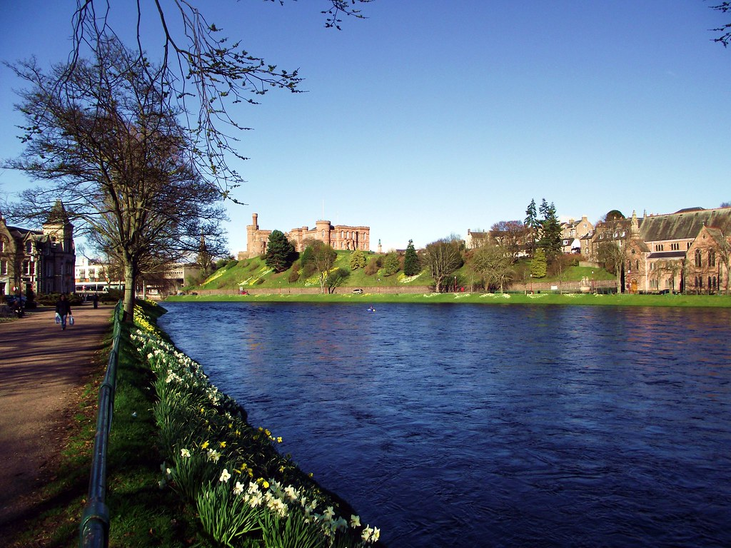 3d River Wallpaper River Ness And Inverness Castle From Ness Walk Inverness S