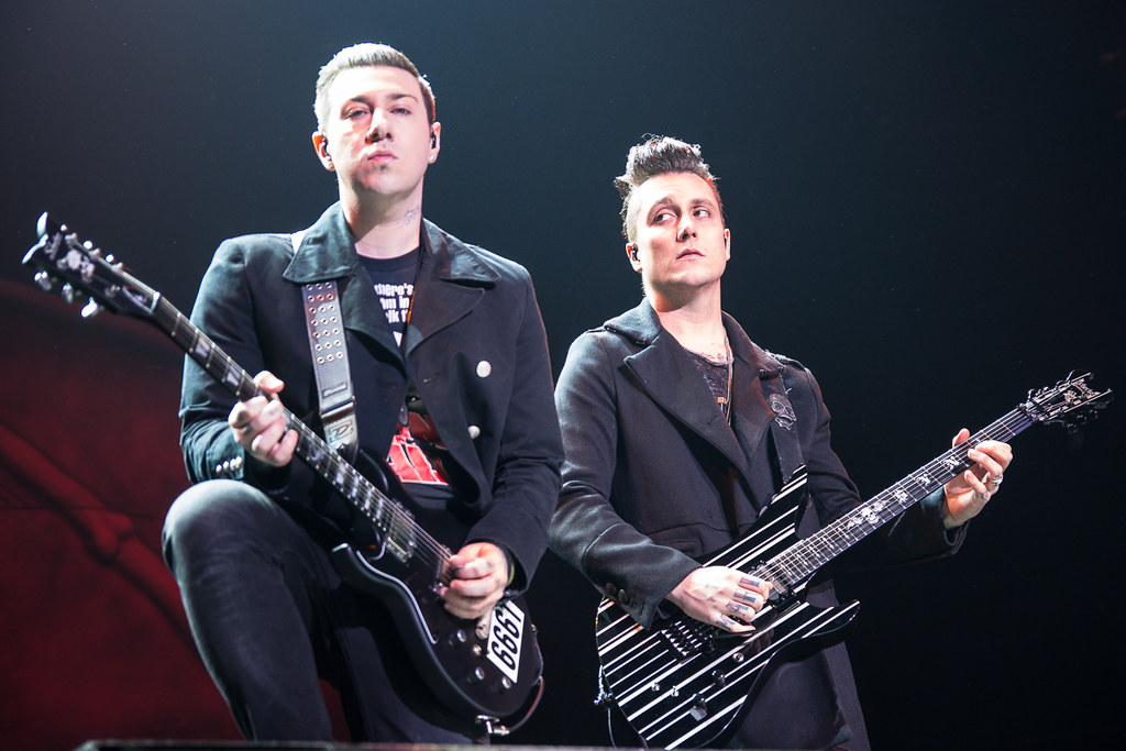 Live Wallpaper 3d Pictures Synyster Gates Amp Zacky Vengeance Avenged Sevenfold Flickr