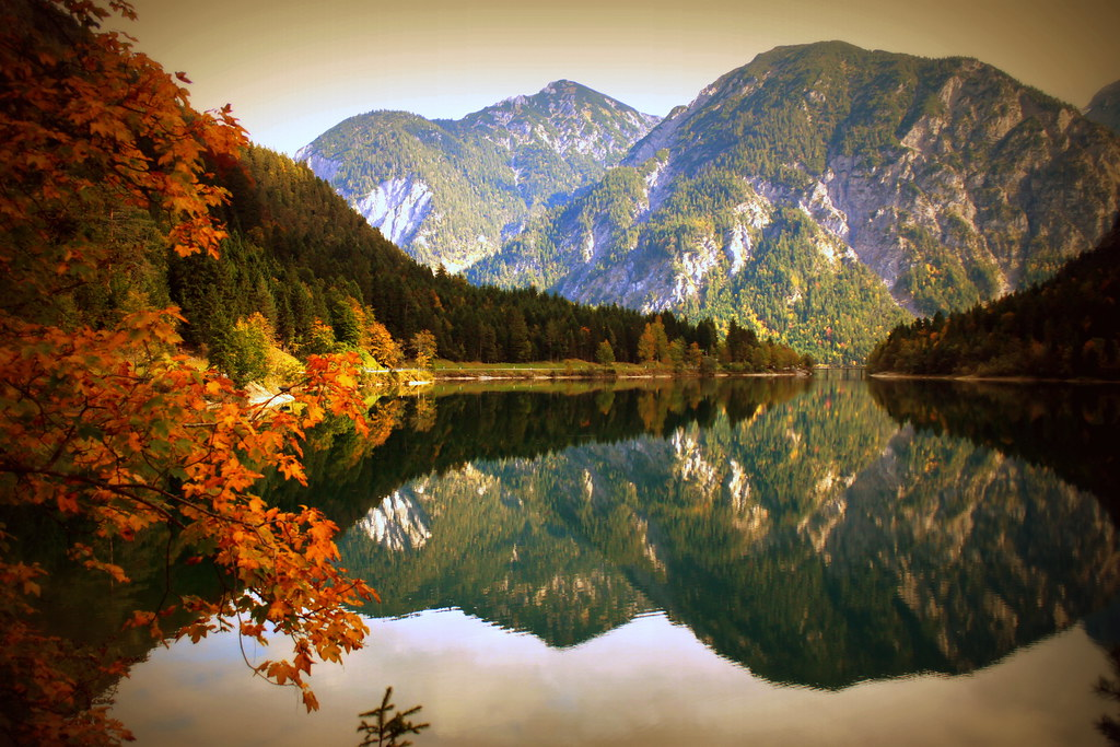 Free Fall Christian Desktop Wallpaper I M So Glad I Met You In A World Where There Are Autumns