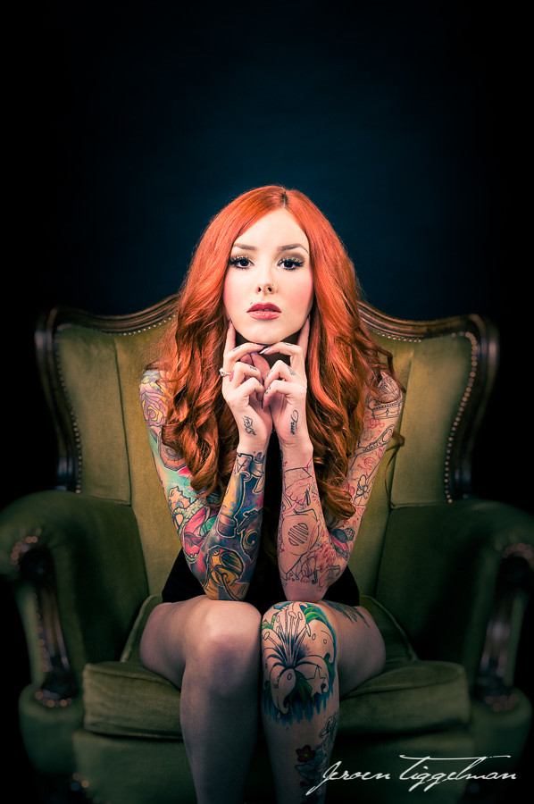 Inked Girl Hd Wallpaper Beautiful Tattooed Redhead Tess Van Den Eynde In A Symmetr