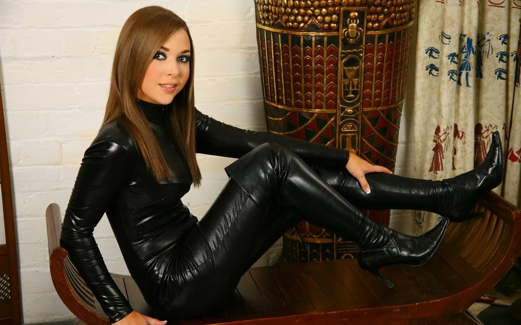 Leather Brunettes Boots Women Black Fetish Catsuit High He