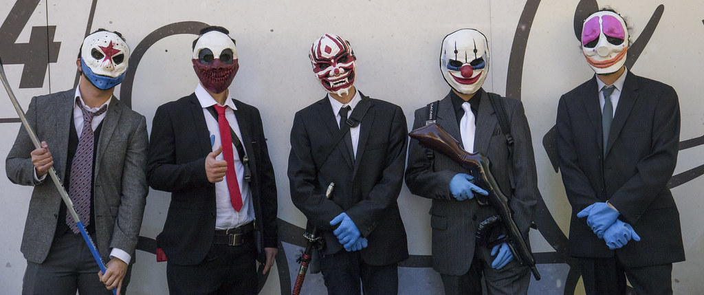Anonymous Mask Wallpaper 3d Payday 2 Cosplay Lucca Comics Amp Games 2015 Me An My
