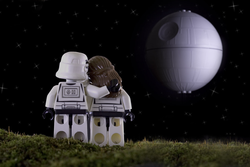 3d Valentine Wallpapers Free Stormtrooper Hugs Tk421 Takes Mrs Tk421 For A Romantic