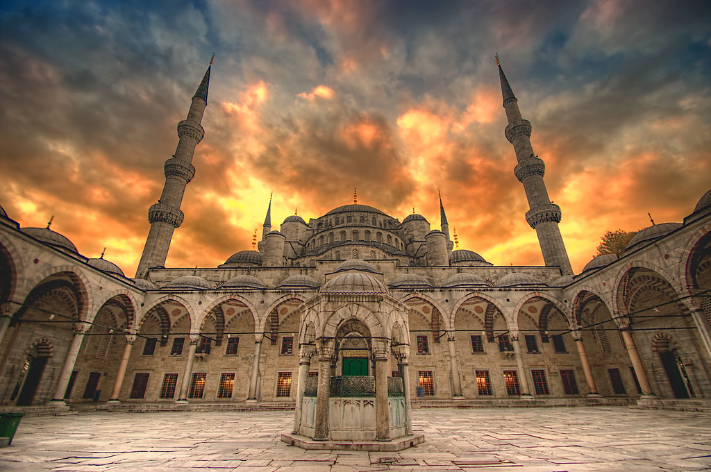 3d Interior Wallpaper Hd Blue Mosque Woke Up At 5 Am To Head On Over To The Blue