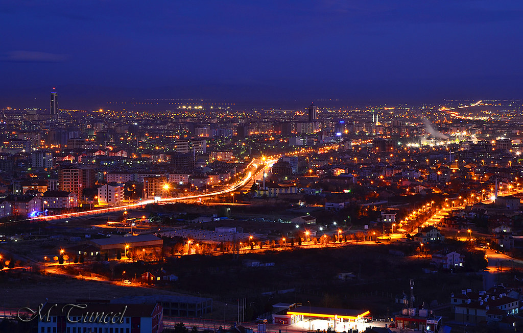 3d Pc Wallpaper Com Konya Akyokusdan Gece Manzarasi Turkey Konya City Flickr