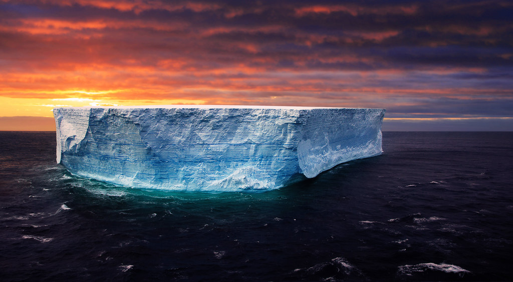 3d Effect Wallpaper For Mobile An Antarctic Sunset With Gigantic Tabular Iceberg Hdr