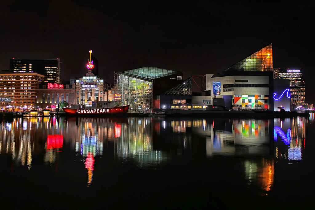 Under Armour 3d Wallpaper Baltimore Inner Harbor At Night Shown From Left To Right