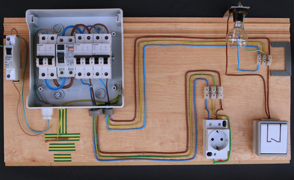 Je fais legrand DIY tecnica Pinterest Electrical wiring - realiser son installation electrique maison
