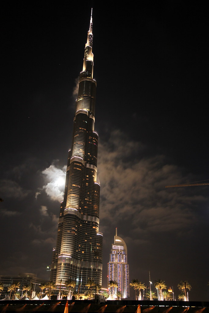 Emirates Wallpaper Hd Burj Khalifa Traffic View Dubai United Arab Emirates