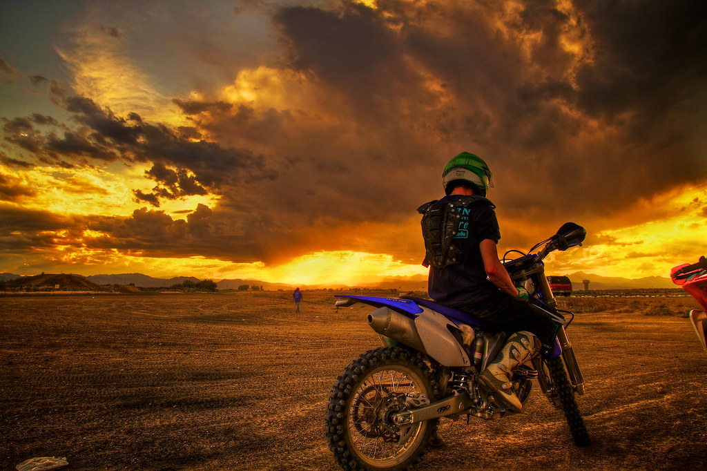 Wallpaper Skull 3d Kill The Dirt Track Watch Sunset Repeat Sunset