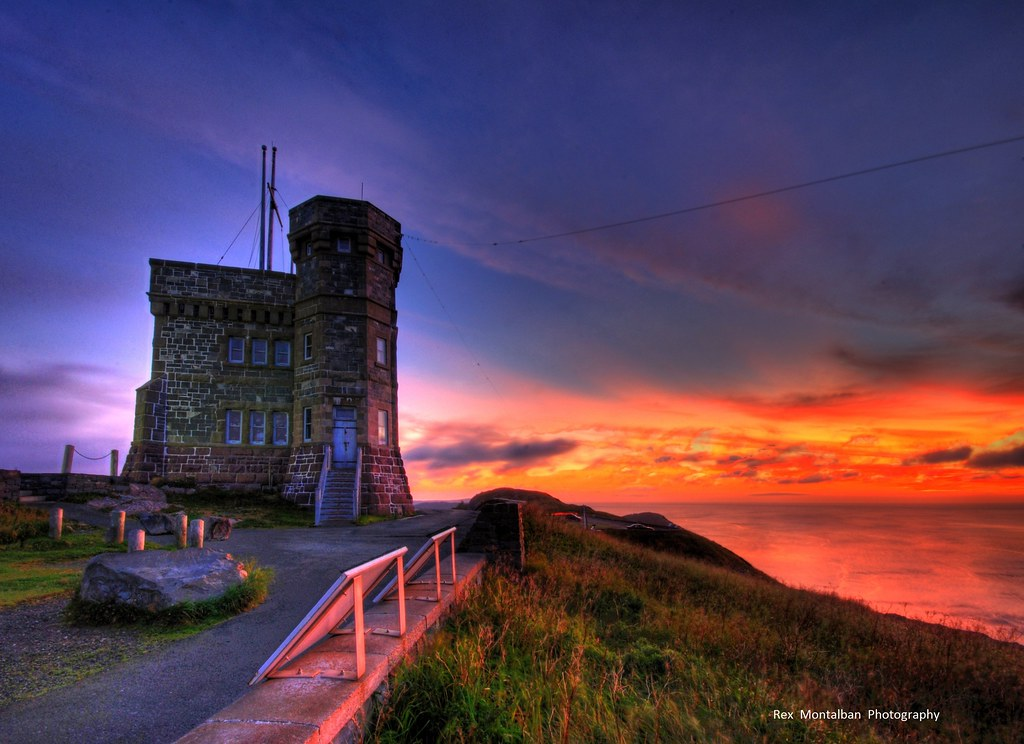 Sunrise 3d Wallpaper Cabot Tower At Sunrise Happy Sliding Everyone Cabot