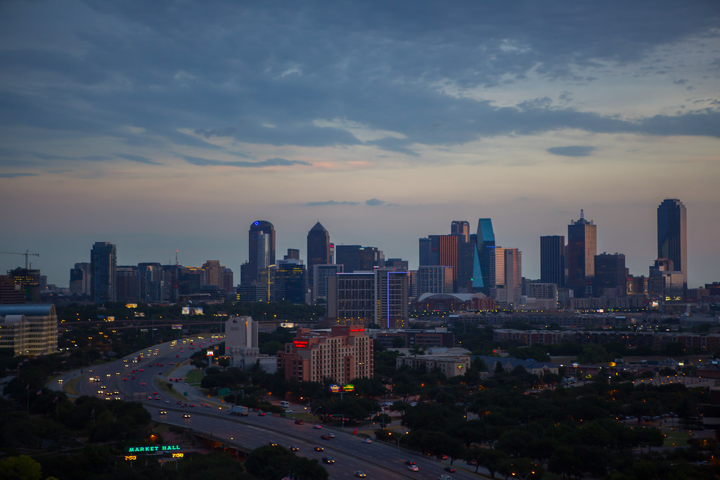 3d Smiley Wallpaper Dallas Skyline Shot From The Market Hall Area At 7 50 Pm