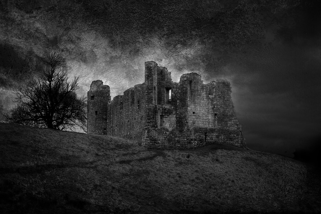 Black Background Wallpaper Dark Castle The Ruined Morton Castle Near Thornhill