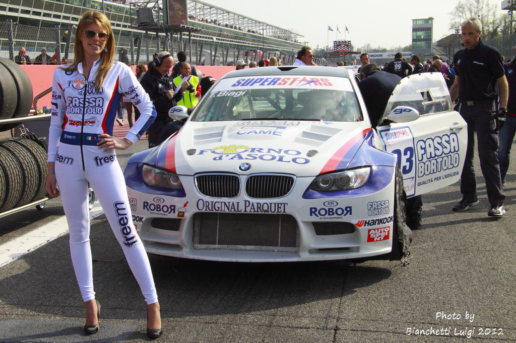 New Car Wallpaper Bmw Grid Girl Campionato Superstars 2012 1 176 Round Monza