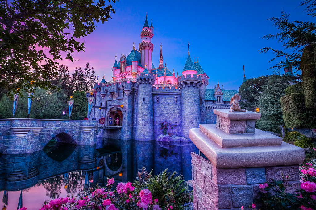 3d Landescape Mural Wallpaper Disneyland Castle At Sunset Another Photo Of The