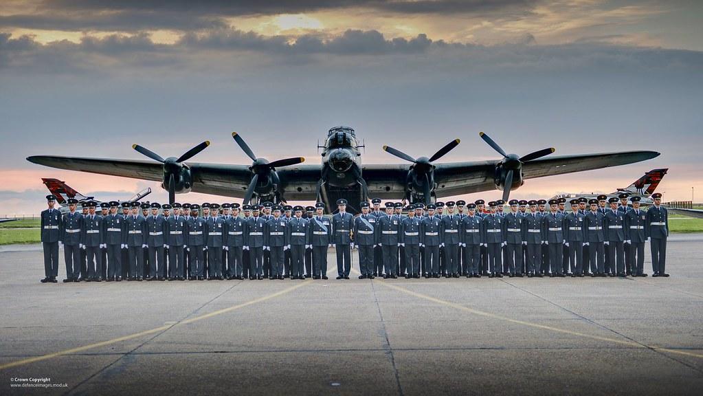 3d Colour Wallpaper Queen S Colour Squadron Line Up In Front Of A Ww2 Lancaste