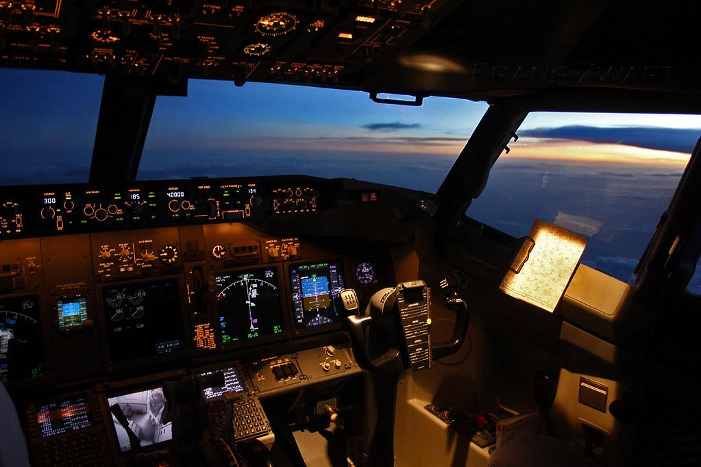 3d Love Wallpaper Boeing 737 800 Flightdeck What A Great Place I Love