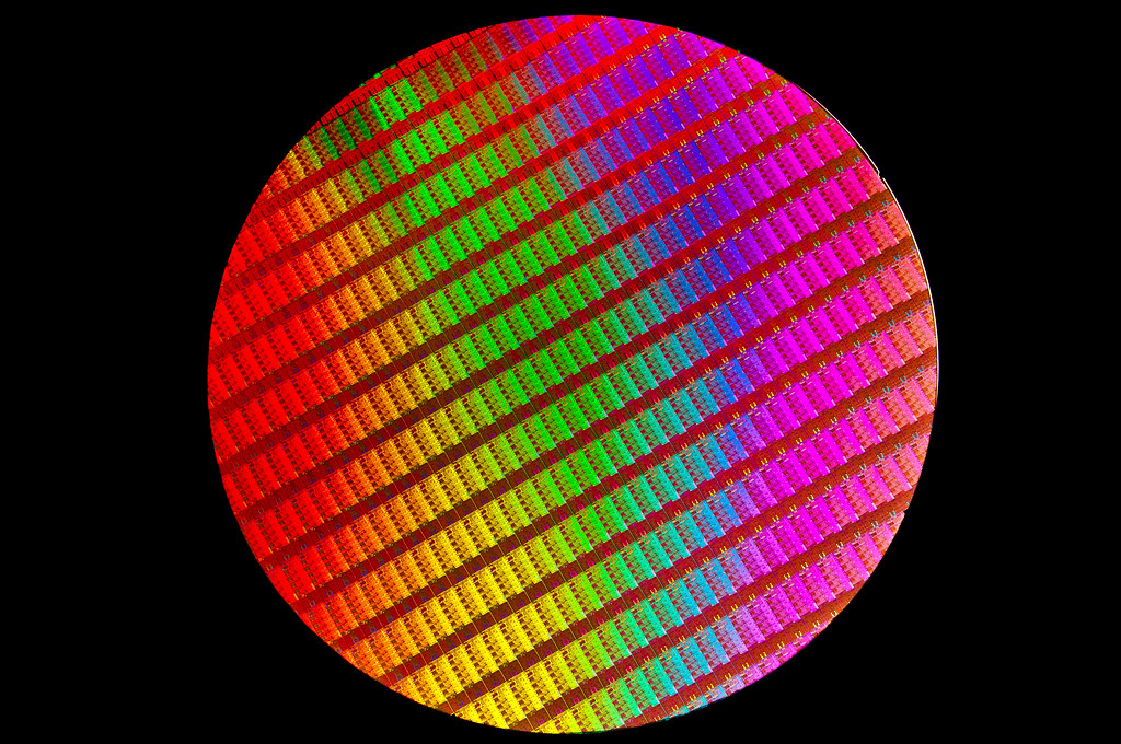 Black Wallpaper Hd 4th Generation Intel 174 Core Processor Wafer Black Intel