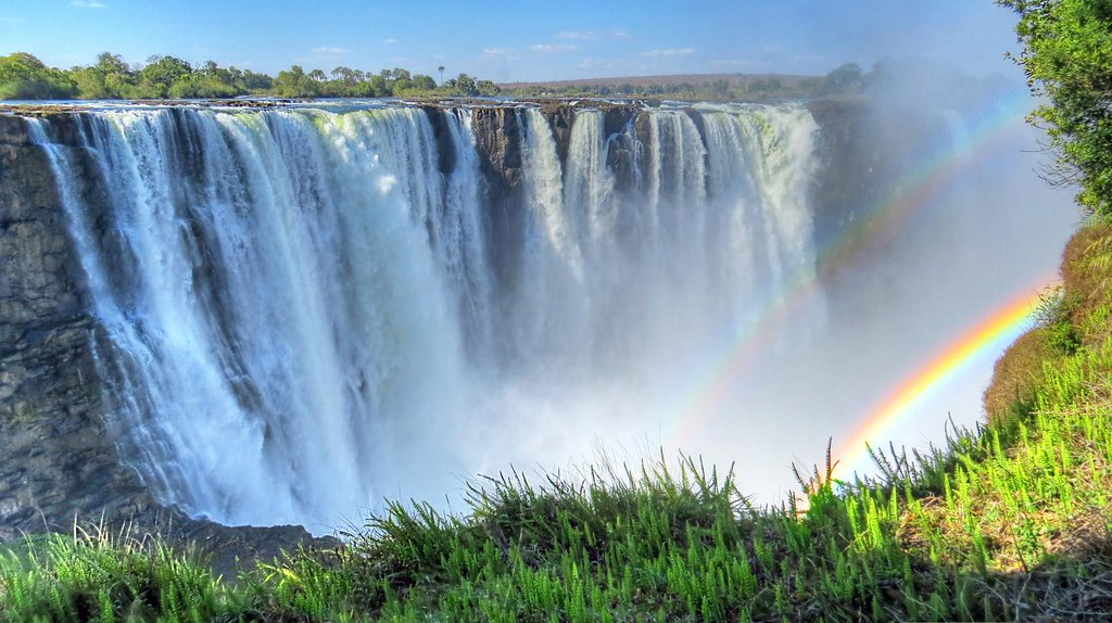 Wallpaper Border Falling Off Victoria Falls Mosi Oa Tunya Quot The Smoke That Thunders