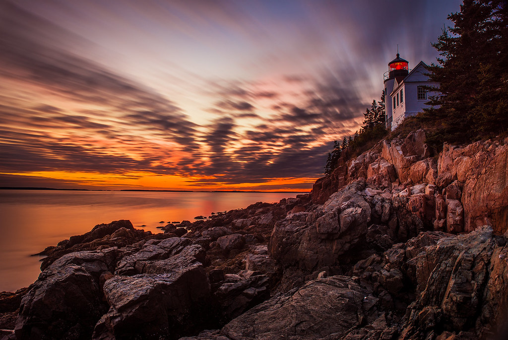 Pretty Fall Desktop Wallpaper Sunset At Bass Harbor Head Light In Acadia National Park