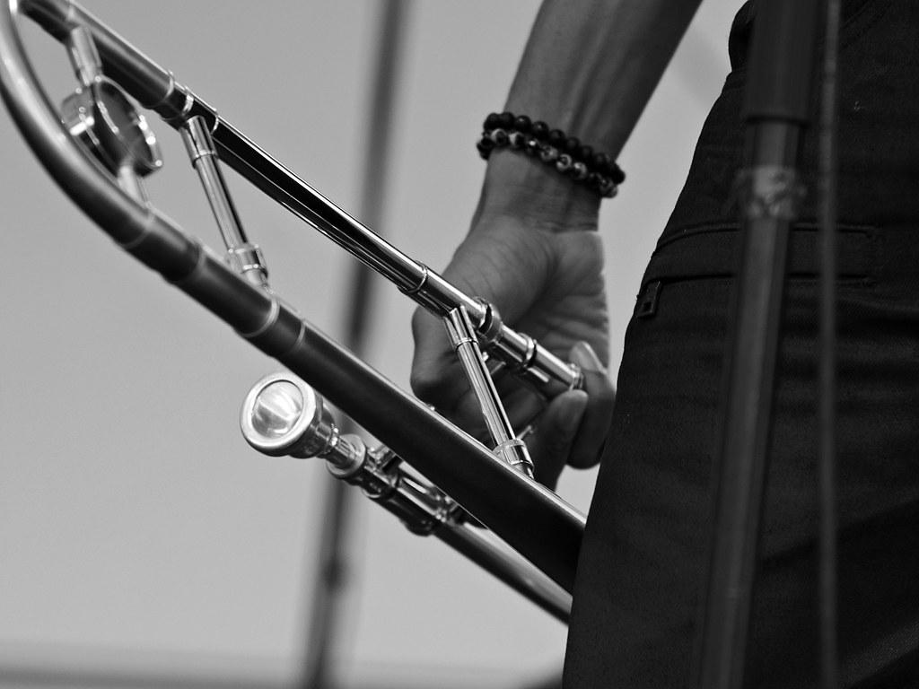 World Map Wallpaper Black And White Trombone Shorty Trombone Shorty Paris Jazz Festival 2013