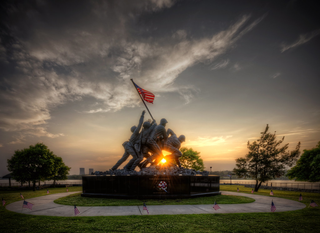 Wallpaper Fall River Ma Sunset On The Iwo Jima Monument In Fall River May 29th