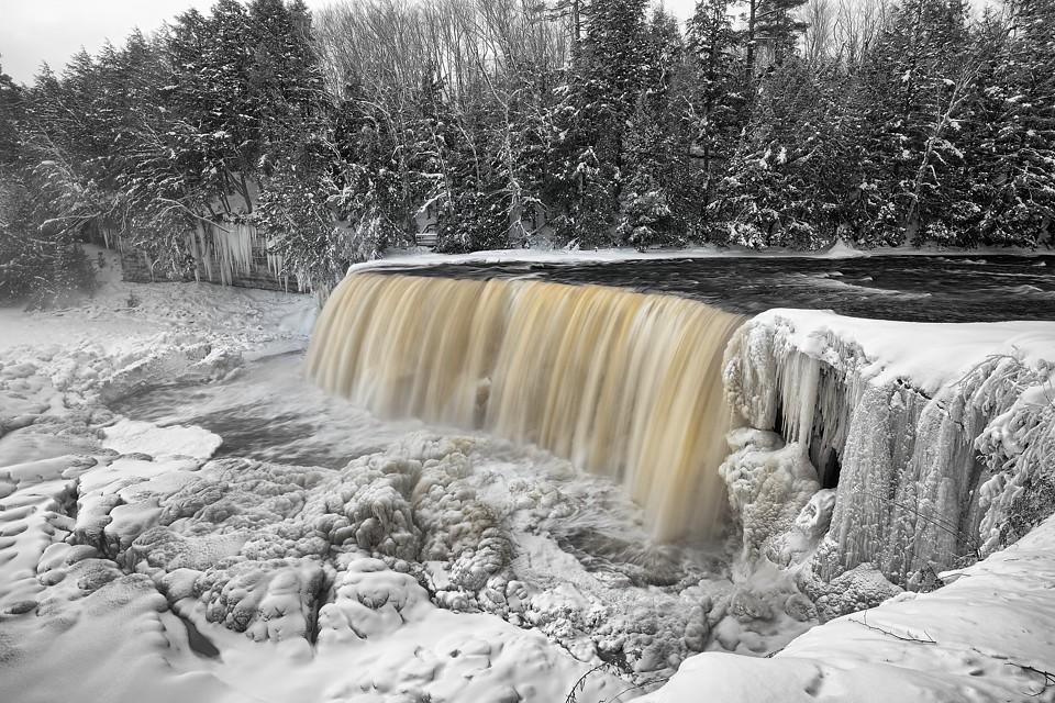Tahquamenon Falls Michigan Winter Wallpaper Winter At Tahquamenon Falls Upper Michigan The Ice