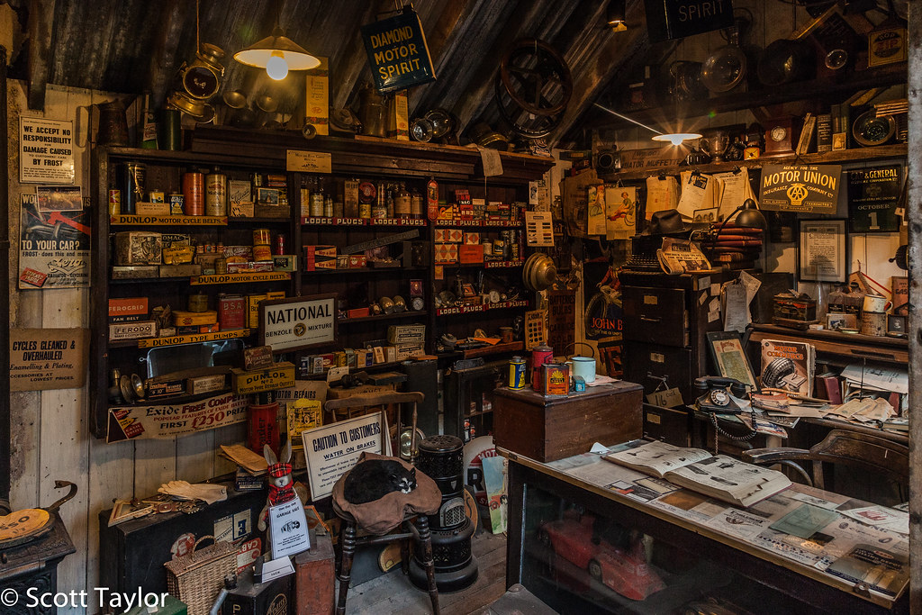 Old Time Car Wallpaper Hd Old Garage Shop National Motor Museum Beaulieu