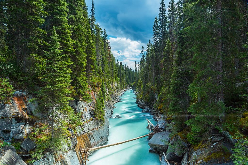 Falls Wallpaper Waterfall Numa Falls Vermillion River Bc Canada This Are The