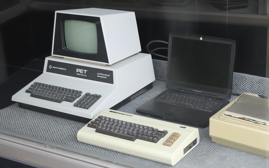The History of Computers; Computers Technology Essays