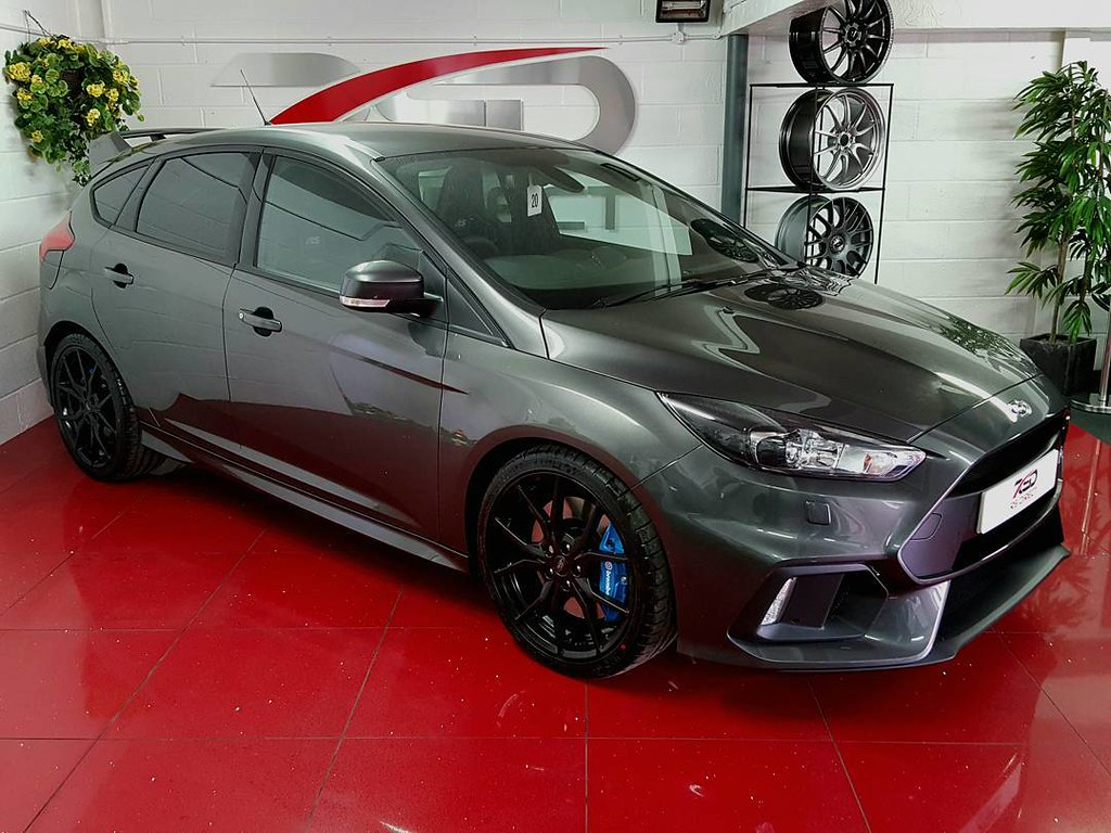 Ford Focus Rs Grey Our Magnetic Grey Ford Focus Rs Mk3 Looks Slick On Our New